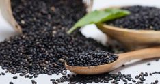 Welcome to the new age benefits of the oldest herbal food! Here's the incredible list of benefits with black seed oil or Kalonji Oil for your health. Nigella Seeds, Nigella Sativa, Kalonji Oil For Hair, Natural Hair Growth, Natural Hair Styles, Benefits Of Black Seed, Kalonji Seeds, Powder Recipe, Jojoba