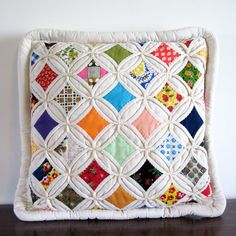 """Love this quilt pattern...would never do it...might find a """"cutter quilt"""" to make a pillow"""