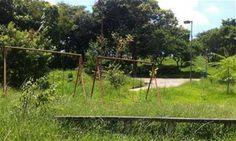Praças abandonadas provocam transtornos para moradores