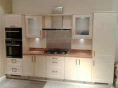 Ex Display Nobilia Cream Shaker Style Kitchen and Laminate Worktop 1400