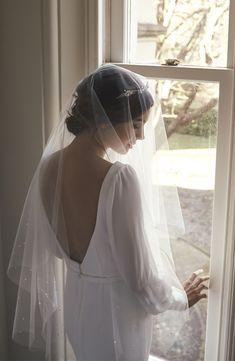 Wedding Styles FLEUR delicate silver bridal crown with pearls Silver Bridal Crowns, Bridal Tiara, Headpiece Wedding, Wedding Veils, Wedding Dresses, Perfect Wedding, Dream Wedding, Wedding Day, Wedding Bride