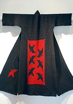 Shibori, Kimono Design, Kimono Pattern, Crochet Coat, Shirt Refashion, Couture Details, Kabuki Costume, Japanese Outfits, Kimono Fashion