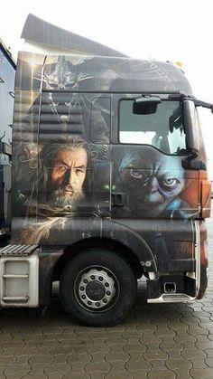 The Hobbit truck Show Trucks, Big Rig Trucks, Custom Big Rigs, Custom Trucks, Truck Paint Jobs, Train Truck, Truck Art, Heavy Truck, Airbrush Art