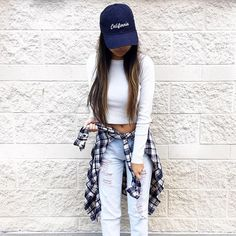 Street style, casual outfit, sexy outfit, spring chic, summer chic, white top, shirt, ripped jeans, hat