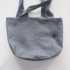 Tutorial: Lined Canvas Tote | Step by step directions how to sew a fully lined