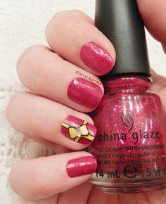 I want presents for Christmas  --  China Glaze Lighthouse - China Glaze Ruby Pumps - China Glaze Liquid Leather