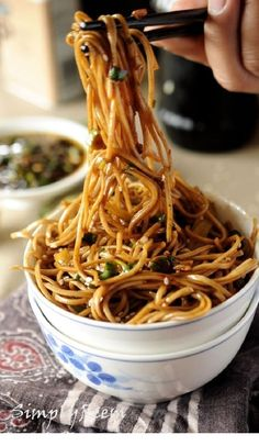 Soba Noodles with Sweet Ginger Scallion Sauce. This looks yummy - and soba noodles are gluten free :) I Love Food, Good Food, Yummy Food, Vegetarian Recipes, Cooking Recipes, Healthy Recipes, Cooking Tips, Sauce Recipes, Delicious Recipes