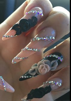 Floral rhinestone #nails design #nailart @nails_by_ylianne