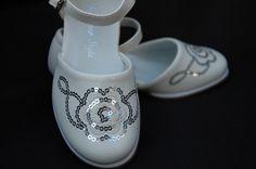 Ivoorwitte schoen met pailletten tot maat 36