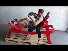 YouTube Weight Training Equipment, Diy Gym Equipment, No Equipment Workout, At Home Workout Plan, At Home Workouts, Workout Machines, Fitness Machines, Gym Room, Hip Thrust