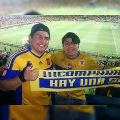 Con mi compare Isra aun falta escribir la otra parte de la historia vamos #tigres #libertadores #todomexicoestigre #LibertadoresAmarilla #Uanl