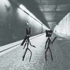 Tunnel - In which they are half way. Fiction | Flash Fiction | Horror