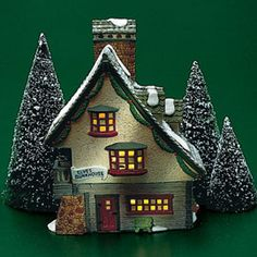 "Department 56: Products - ""North Pole"" - View Lighted Buildings"