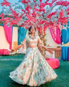 72) Twirl your skirt with the amazing Mehendi on your hands! Mehndi Outfit, Muslim Wedding Dresses, Bridal Poses, Bridal Mehndi Designs, Gothic Wedding, Renaissance Wedding, Indian Wedding Photography, Bridal Lehenga, Lehenga Wedding