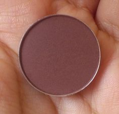 MAC Folie eyeshadow refill pan