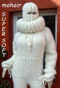 Chunky Knitwear, Winter Beauty, Mohair Sweater, Catsuit, Winter Outfits, Overalls, Lovers, Wool, Knitting