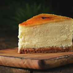 sernik z crème brûlée na spodzie speculoos Creme Brulee, Vanilla Cake, Cheesecake, Sweet, Food, Candy, Cheese Pies, Cheesecakes, Meals
