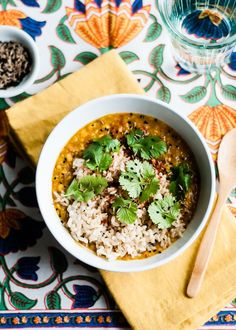 slow cooker red lentil dal recipe (vegan and gluten-free) via www.cafejohnsonia.com