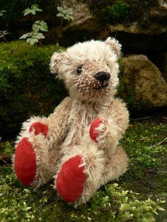 Wilson OOAK Handmade Miniature Mohair Teddy Bear by Lisabears,