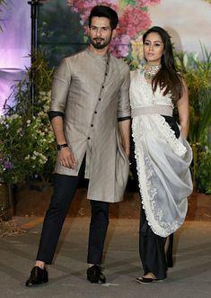 Shahid and Mira Kapoor Desi Wedding Dresses, Wedding Dress Men, Wedding Suits, Mens Indian Wear, Indian Groom Wear, Trendy Mens Fashion, Indian Men Fashion, Indian Engagement Outfit, Indian Wedding Clothes For Men