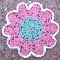 Flower Dishcloth By Marlo D. Cairns - Free Crochet Pattern - (marloscrochetcorner)