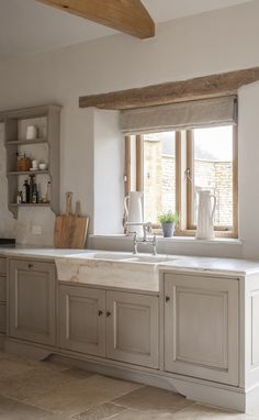 7 Kitchen Design Ideas to Learn from Luxurious Bespoke Kitchens! - Hello Lovely Modern rustic bespoke kitchen by Artichoke in Gloucestershire, England. Flemish design details, painted kitchen cabinetry, bronze hardware, and Bental White marble Kitchen Sink Design, Farmhouse Sink Kitchen, Kitchen Paint, Modern Kitchen Design, Home Decor Kitchen, Kitchen Ideas, Kitchen Furniture, Minimal Kitchen, Kitchen Pictures