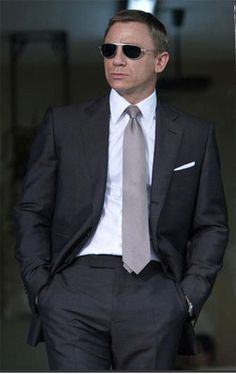 This stylish suit is the James Bond suite which he worn in movie Quantum of Solace which has three buttons on front with the lapels rolled down to the center button. It has a nice fitting from the chest side and lined shoulder. It gives you a gorgeous look and good appearance.