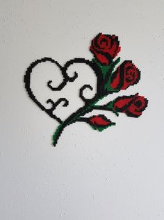 Heart with roses Heart with roses Melty Bead Patterns, Pearler Bead Patterns, Perler Patterns, Beading Patterns, Perler Bead Templates, Diy Perler Beads, Fuse Beads, Beads And Wire, Piskel Art
