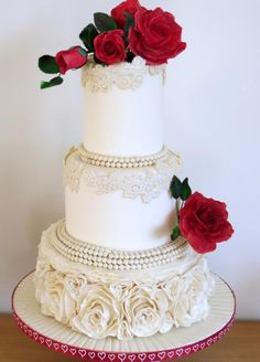 Roses, pearls and ruffles wedding cake - Cake by Icing to Slicing