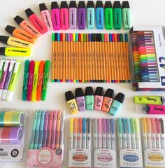 I'm sooo exited for school supplies shopping Stationary Store, Stationary School, Cute Stationary, Stationary Supplies, School Stationery, School Suplies, Stabilo Boss, Cute School Supplies, School Notes