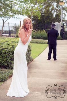 Too cute! Wedding photography - first look. www.kourtneyallysephoto.com