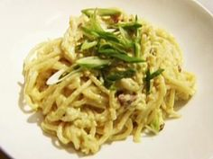 For a quick dinner, whip up Tyler Florence's authentic Spaghetti alla Carbonara recipe, a rich tangle of pasta, pancetta and egg, from Food Network. Pasta Recipes, Dinner Recipes, Cooking Recipes, Dinner Ideas, Giada Recipes, Gourmet Cooking, Cooking Stuff, Entree Recipes, Noodle Recipes
