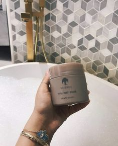 Where To Buy Nu Skin Renu Hair Mask at Discounted Price in Australia, New Zealand, UK, USA, Canada. Wavy Hair Care, Blonde Hair Care, Nu Skin, Hair Mask At Home, Silky Smooth Hair, Hair Care Routine, How To Make Hair, Skin Care, Mascaras