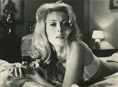 CATHERINE DENUEVE in BELLE DE JOUR (1967)