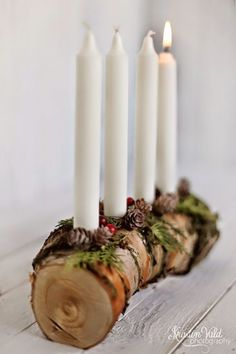 Natural Christmas decoration with a wooden advent wreath - living ideas and decoration - Advent candles with wood – Christmas decoration - Christmas Advent Wreath, Christmas Candles, Rustic Christmas, Christmas Time, Diy Advent Wreath, Modern Christmas, Scandinavian Christmas, Advent Candles, Diy Candles