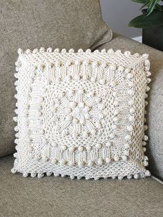 Matelasse Pillow Knit Pattern download from AnniesCraftStore.com. Order here: https://www.anniescatalog.com/detail.html?prod_id=123802&cat_id=25