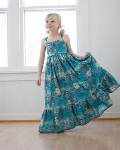 Bella Dresses, Girls Maxi Dresses, Women's Fashion Dresses, Girls Dresses Sewing, Simple Dress Pattern, Girl Dress Patterns, Newborn Girl Dresses, Newborn Girls, Simple Dresses
