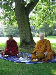 Geshe Lobsang Thinley and Ajahn Sumedho at the BPG 2005 Buddhist Summer School Theravada Buddhism, Summer School, Meditation, Feelings, Notes, Concept, Link, Report Cards, Notebook