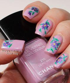 Marias Nail Art and Polish Blog: Floral nail art on Lilac Sky