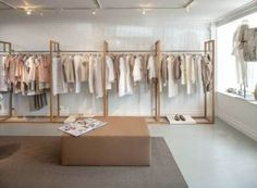 Ståhl Kleidung Design Distro Ideen # Kleidung # Design Baby Furniture - How to Choose the Right Boutique Design, Boutique Decor, Boutique Ideas, Fashion Store Design, Clothing Store Design, Fashion Stores, Modegeschäft Design, Design Blog, Clothing Boutique Interior