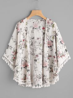 SheIn offers Fringe Trim Curved Hem Botanical Kimono & more to fit your fashionable needs. Kimono Fashion, Hijab Fashion, Fashion Clothes, Boho Fashion, Fashion Dresses, Womens Fashion, Stylish Dresses, Trendy Outfits, Cute Outfits