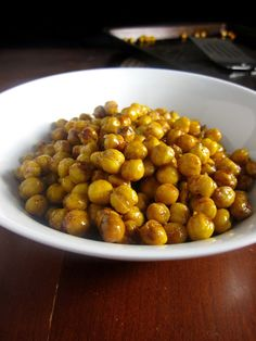 Honey-Roasted Cinnamon Chickpeas. One of my favorite snacks! Not to ...
