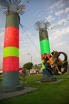 Lima Parasitic Architecture, Outdoor Play, Outdoor Decor, Electric Train, Inspiration Wall, Green Building, Amusement Park, Sustainable Design, Tourism
