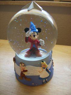 Disney Fantasia Mickey Sorceror Cast Snow globe