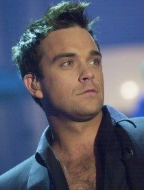 A San Siro spazio per Robbie Williams solista - Onstage Robbie Williams, Stoke On Trent, Take That Band, Gary Barlow, Village People, Phil Collins, Most Handsome Men, Music Is Life, No One Loves Me