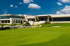 La Casa Club es sin duda el corazón del YUCATÁN COUNTRY CLUB y es de uso exclusivo para sus residentes.