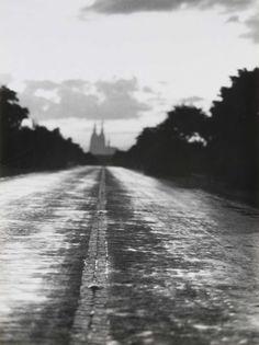 """Chargesheimer, """"Blick vom Autobahnzubringer Köln-Deutz, Köln"""", """"Köln 5 Uhr 30"""", um 1956, © Museum Ludwig, Köln"""