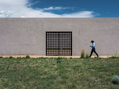 Cerro Pelon Ranch by architect Tadao Ando located southwest of Santa Fe, New Mexico. Property sale is being handled by Kevin Bobolsky. Tadao Ando, New Mexico, Santa Fe Ranch, Tom Ford, Horse Arena, Thai House, Ranches For Sale, Building Images, Ford News