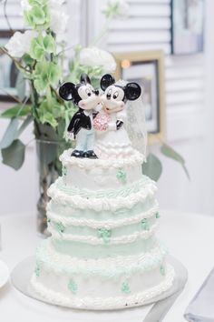 Vintage Mickey Mouse wedding cake topper (Photo by Danyelle Dee Photography)