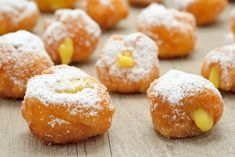 Carnival pancakes gluten-free - quick recipe- Frittelle di carnevale senza glutine – ricetta veloce Classic carnival pancakes, soft and fragrant made even more delicious by the filling of custard. Gluten-free and leavening recipe. Quick Healthy Meals, Quick Recipes, Healthy Desserts, My Recipes, Cake Recipes, Gluten Free Granola, Gluten Free Donuts, Gluten Free Baking, What Is Gluten Free